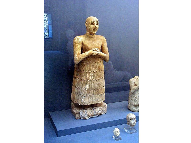 مجسمه لوگال دالو در موزه باستان شناسی استانبول.