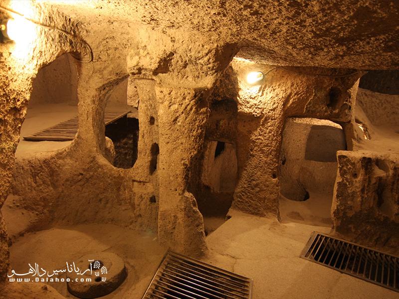 یکی از عجیبترین مکانهای کاپادوکیه، شهر زیرزمینی درینکویو به معنای «چاه عمیق» است.