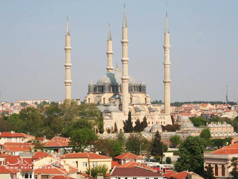 نمایی از مسجد سلیمیه شهر تاریخی ادیرنه.