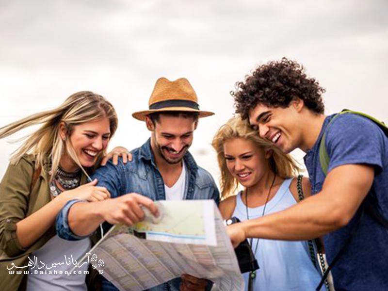 گردشگران آمریکایی، برخلاف انگلیسیها، دست و دلبازند و بیشتر از دیگر گردشگران خرج میکنند.