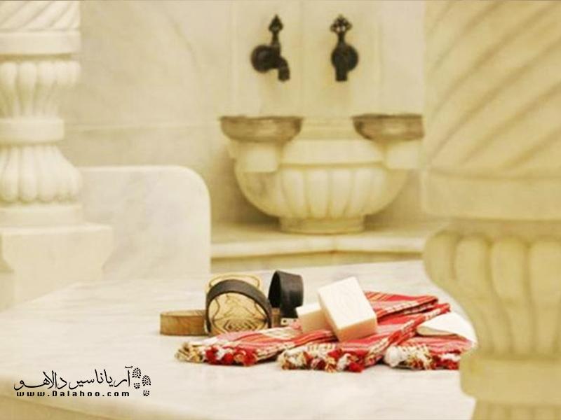 حمامهای سنتی استانبول را امتحان کنید.