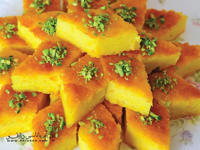 کوکو قندی غذای شیرینی است که جزو غذاهای سنتی اصفهان قرار میگیرد.