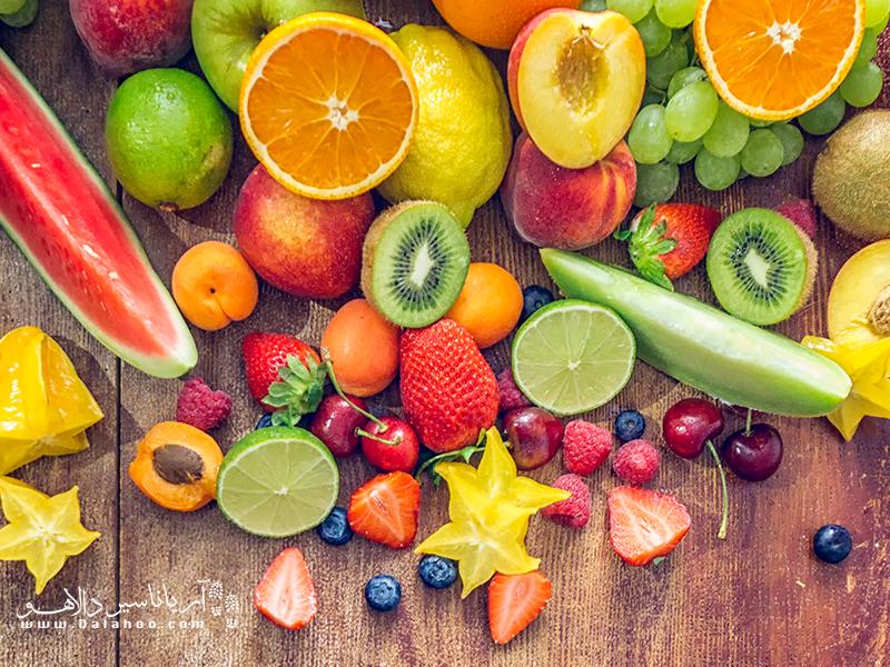 بیشتر از میوههای فصل که متعلق به آن منطقه است، استفاده کنید.