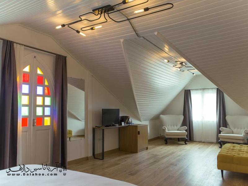 شما با اقامت در این هتل فکر میکنید در خانه خودتان هستید.