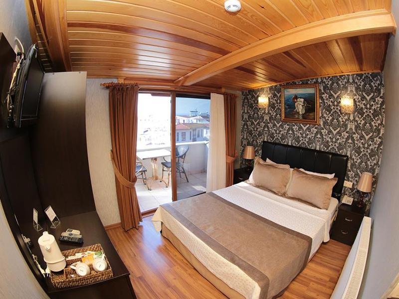 هتل Eskibağ Butik نمایی کاملا چوبی و زیبا دارد.