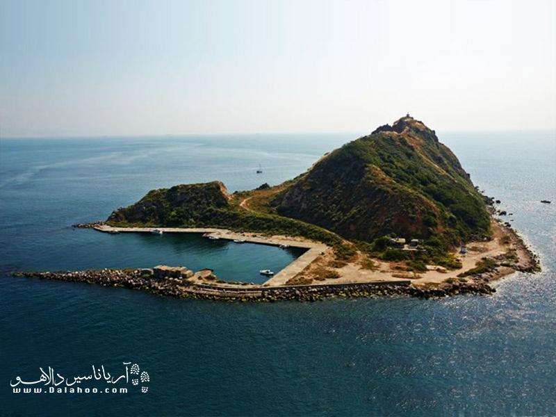 سیوریآدا جزیرهای کوچک از جزایر پرنس است.