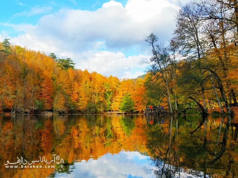پارک ملی هفت چشمه در پاییز رویایی است.