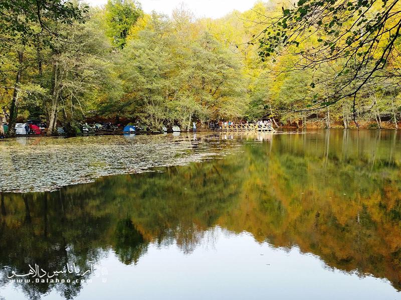 پیک نیک در پارک ملی هفت چشمه.