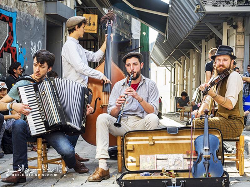 ترکیه کشور موسیقیهای خیابانی است.