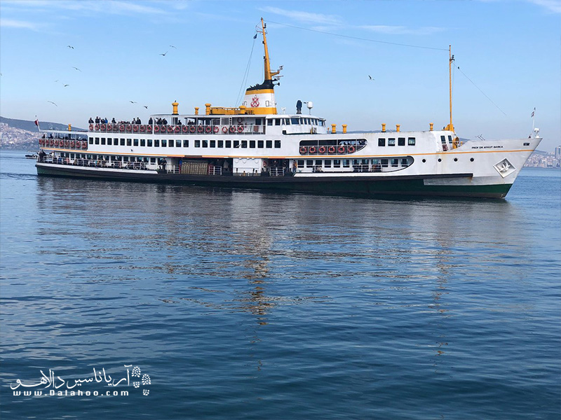 سفر دریایی استانبول به جزیزه بیوک آدا خیلی هیجان انگیز است.