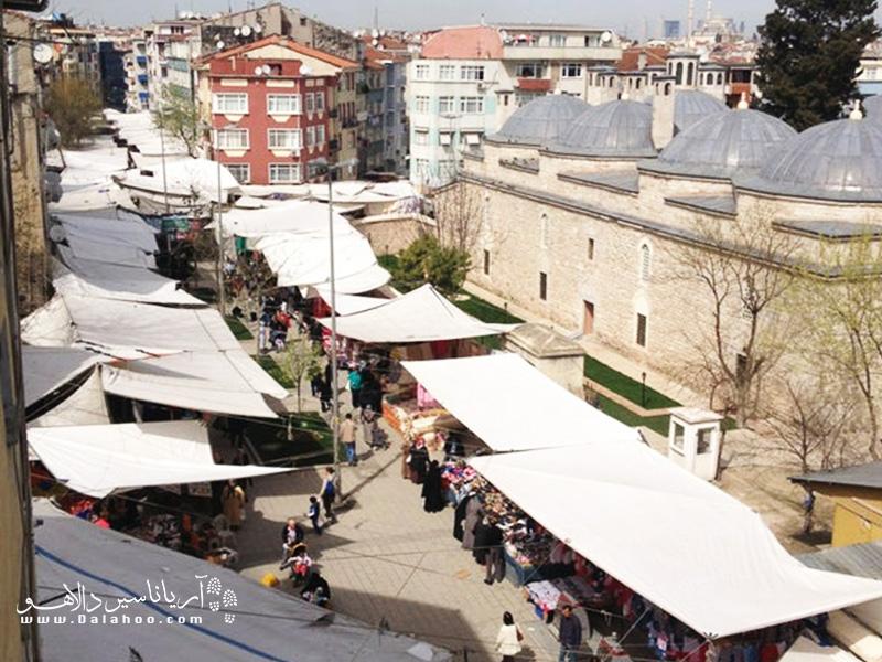 سه شنبه بازار فیندیک زاده از بازارهای پرطرفدار در میان بازارهای هفتگی استانبول است.