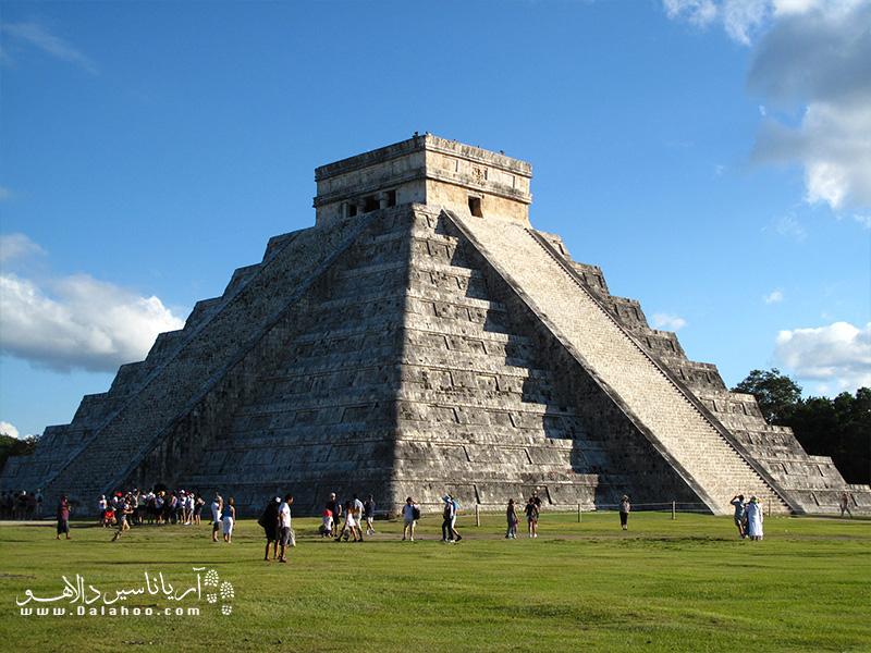 چیچن ایتزا، اهرام بزرگ باستانی مکزیک