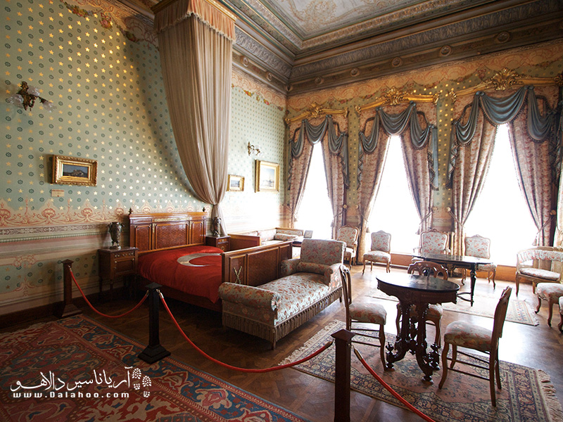 اتاق استراحت اتاتورم در کاخ دلمه باغچه.