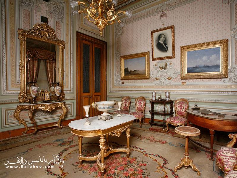 اتاق کار اتاتورک در دلمه باغچه.