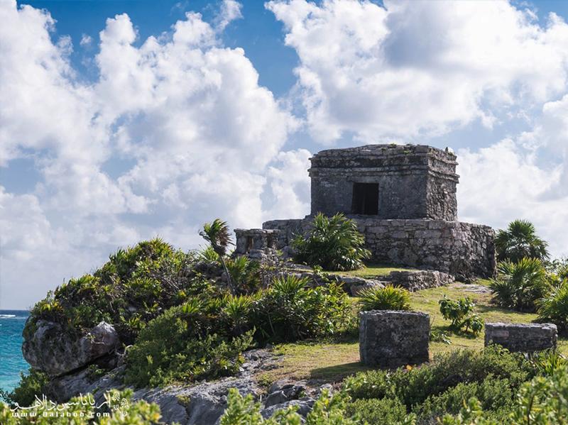 قلعه تولوم، مستحکمترین قلعه مایاها در دوران باستان بودهاست.