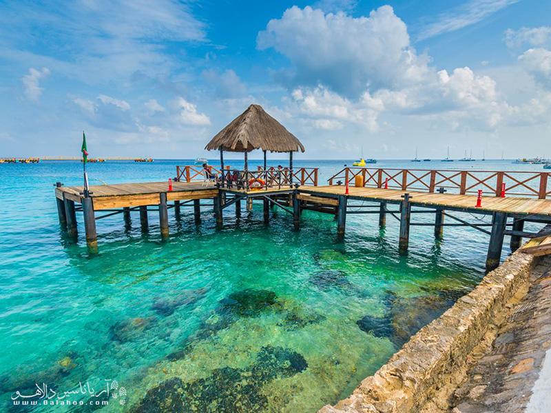 بعد از مشاهده آبهای کریستالی و شفاف این جزیره از محبوبیت آن در بین شهرهای توریستی مکزیک متعجب نخواهید شد!