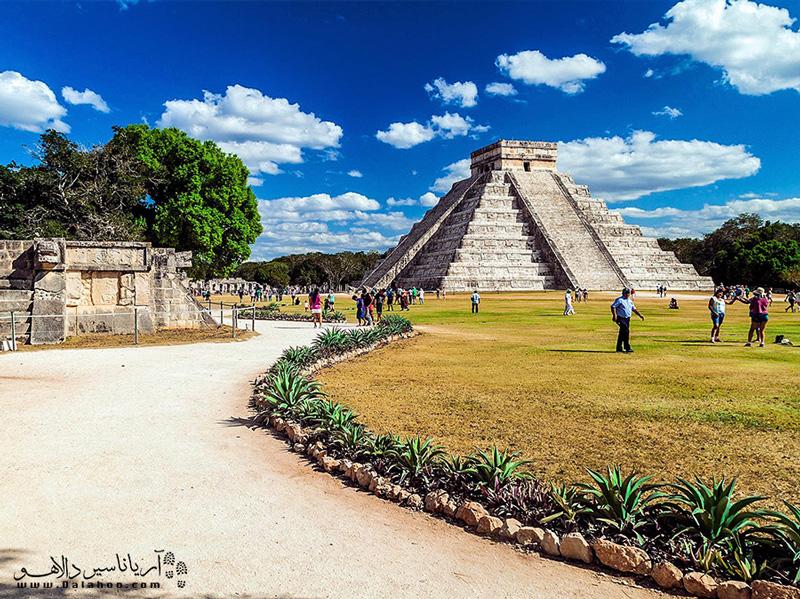 اهرامی به بزرگی اهرام مصر در مکزیک