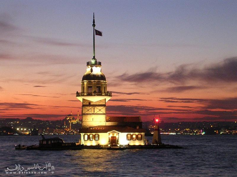 برج دختر بهنوعی به یکی از نمادهای استانبول تبدیل شده.